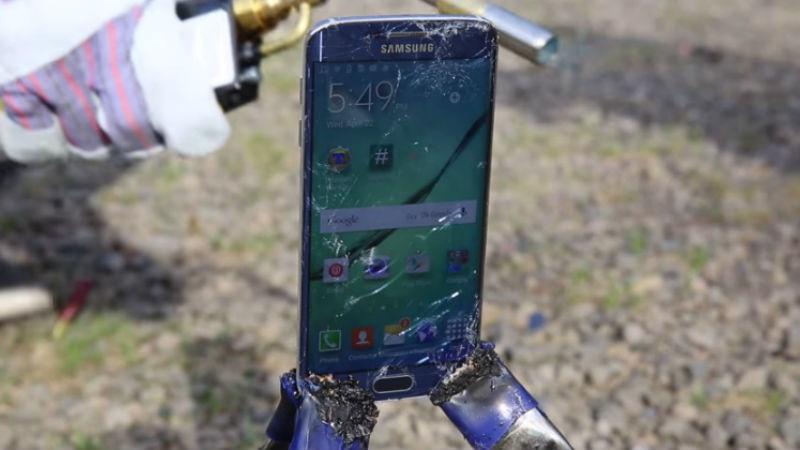 De câte grade ai nevoie să topeşti iPhone 6 şi Galaxy S6 Edge