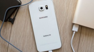 galaxy-s6-batteries-cables