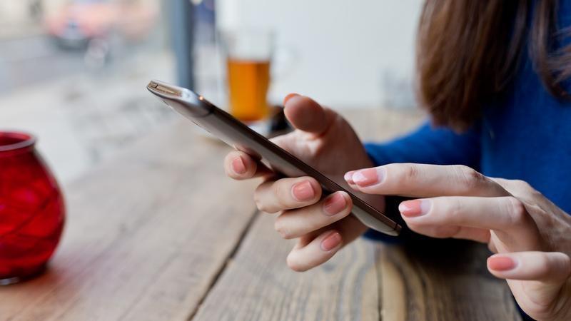 Trucul care te ajută să recuperezi mesajele şterse de pe telefonul Android