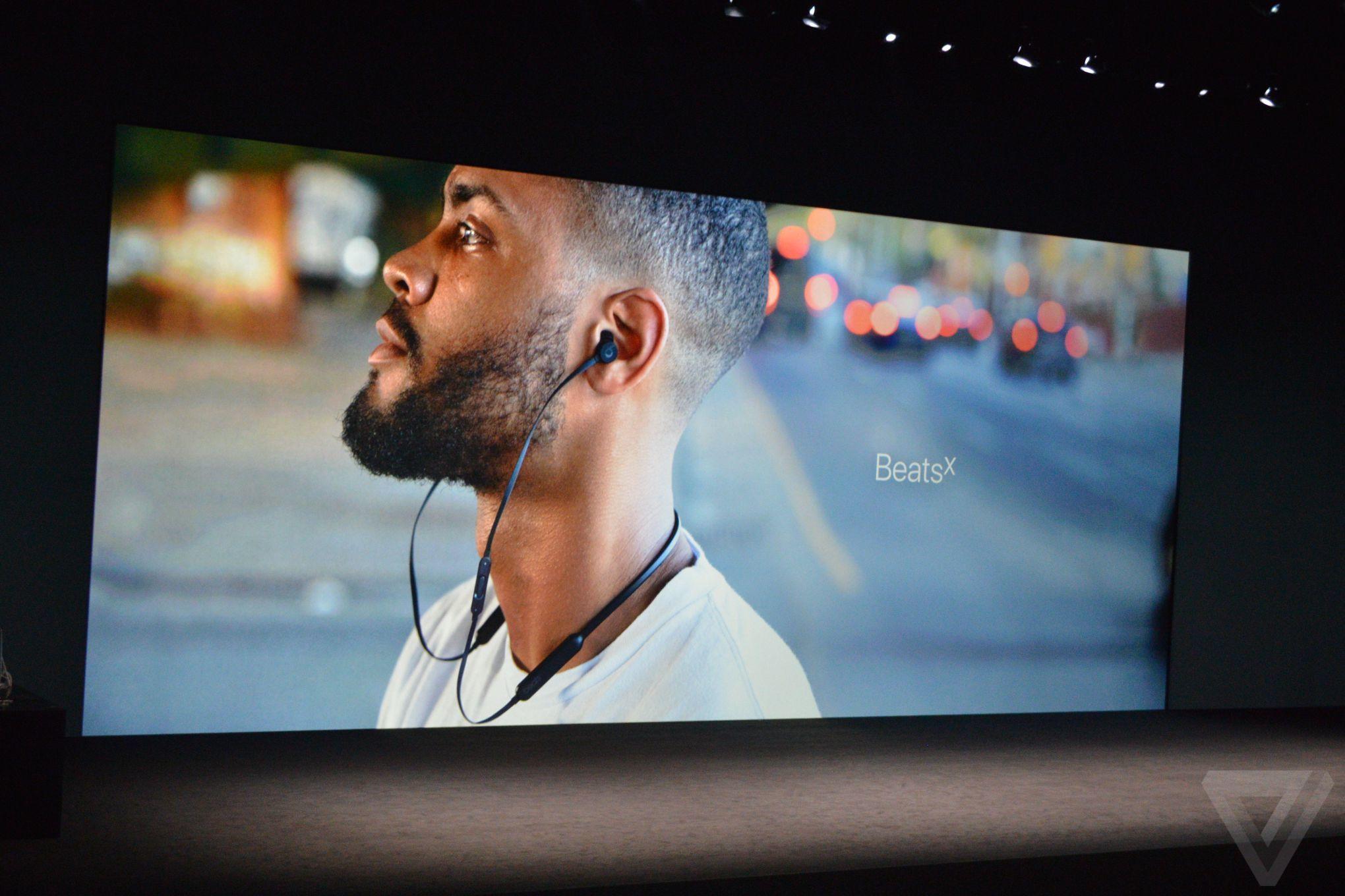 apple-iphone-watch-20160907-5368