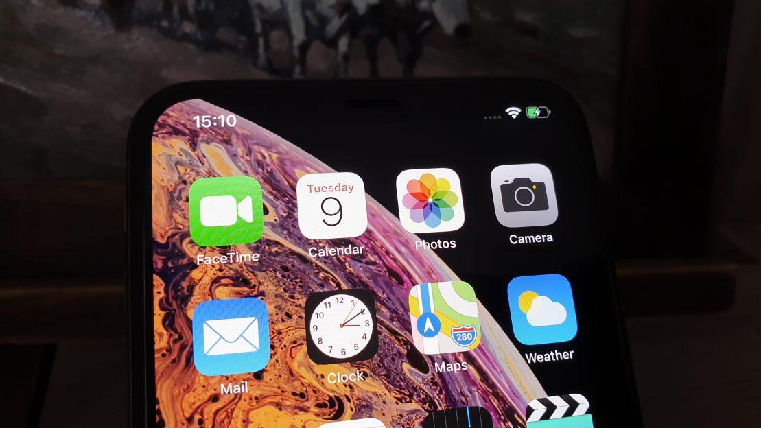 iPhone XS Max este un telefon foarte bun, dar captiv în ecosistemul Apple