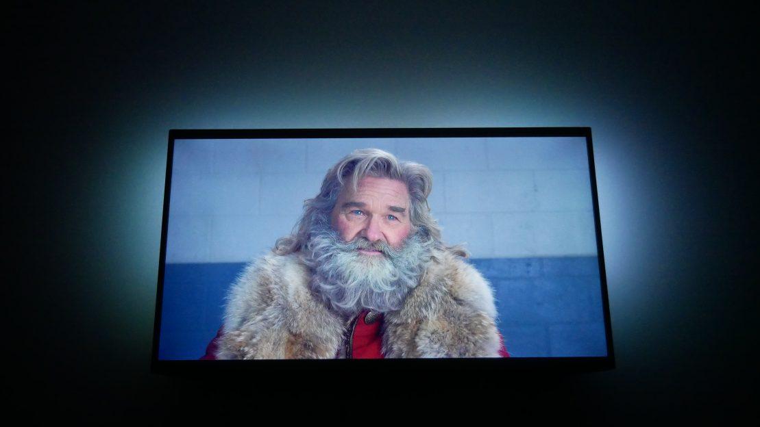 """""""The Christmas Chronicles"""" (Cronicile Crăciunului) e un film de Crăciun pentru copilul din tine"""