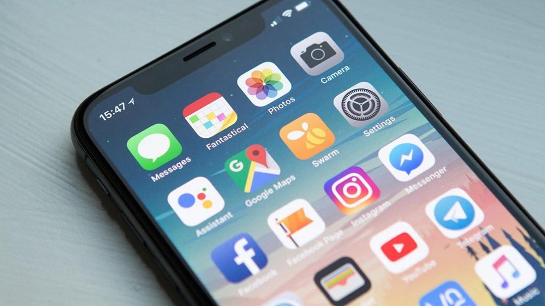 Aplicații iOS înregistrează tot ce faci fără acordul tău