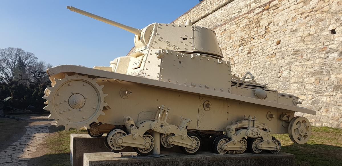 tanc alb fortareata belgrad