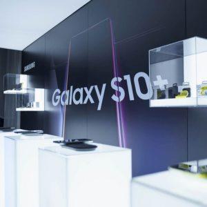 Vânzările de smartphone-uri scad