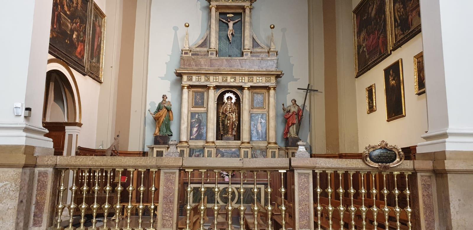altar Nuestra Señora del Pilar