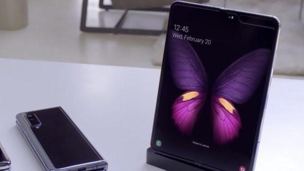 Samsung pregătește telefoanele cu ecran complet