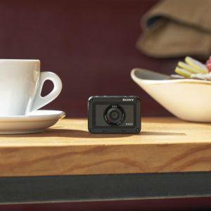 Camera compactă de aventură Sony RX0 II