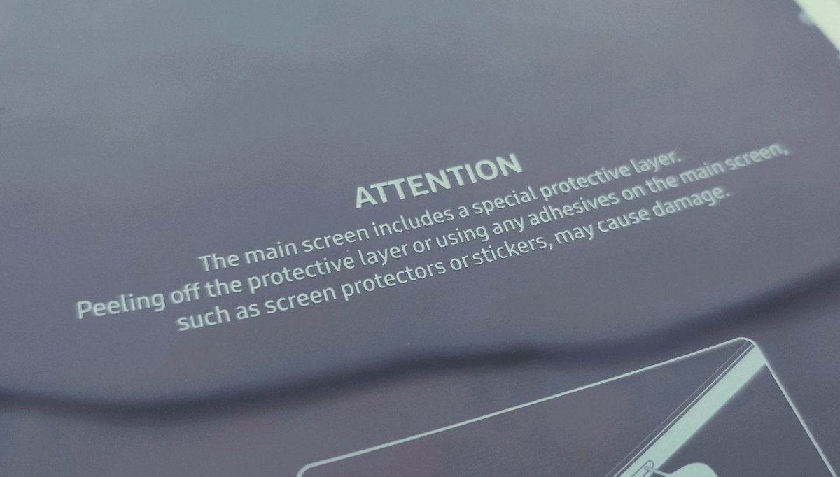 5 Samsung Galaxy Fold s-au stricat
