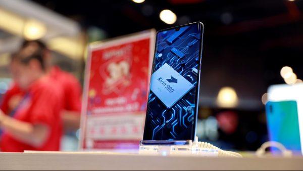 ARM suspenda contractul cu Huawei