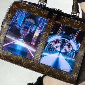 Louis Vuitton adaugă display-uri curbate