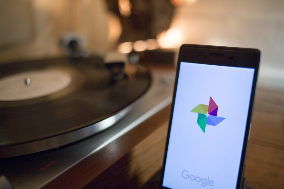 Google Photos va permite să etichetezi manual persoanele pe care nu le recunoaște automat