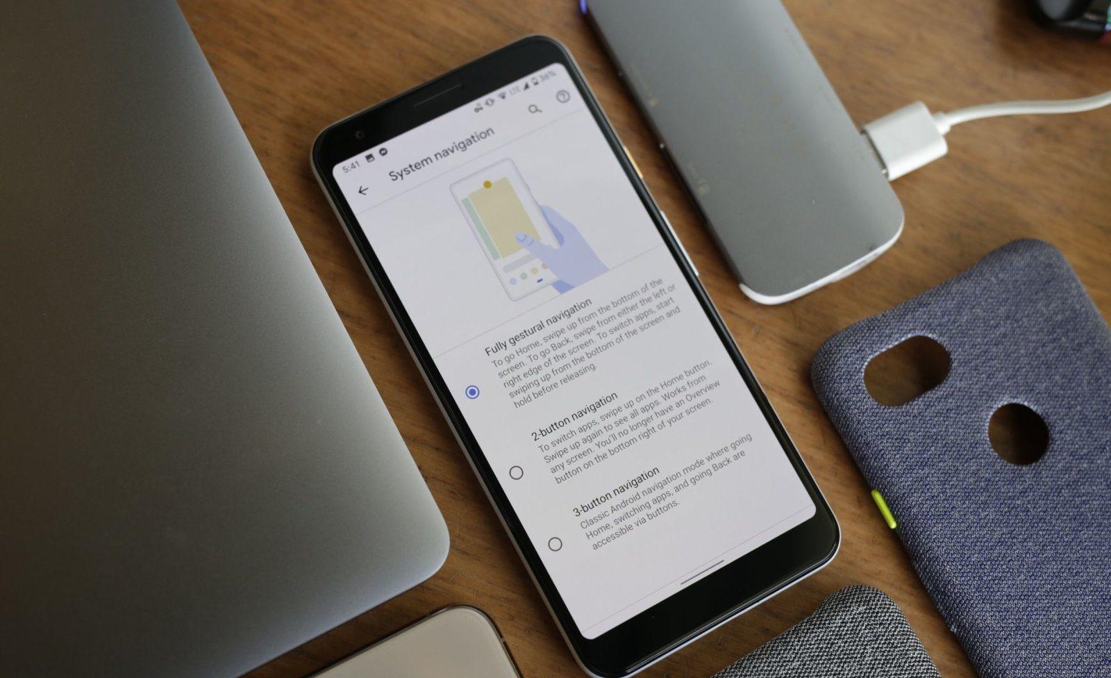 Funcționalitatea de pornire al Asistentului Google prin gesturi va fi disponibil pe Android Q