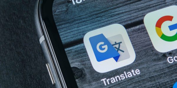 Se întamplă în tech - Aplicația de traducere LIVE de la Google primește AI îmbunătățit și 60 de noi limbi