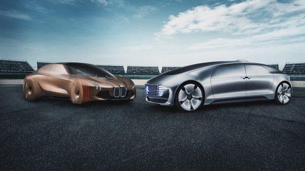 Mașinile Mercedes și BMW vor fi complet autonome până în 2024