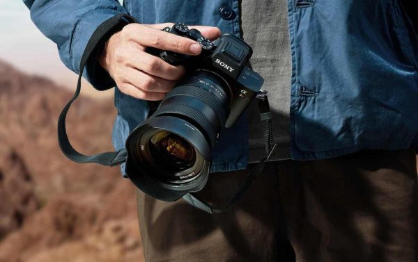 Se întâmplă în tech marți: Sony A7R IV este un mirrorless cu senzor de 61 MP full-frame