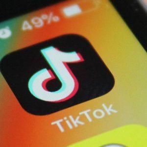 TikTok a fost descărcată de 2 miliarde de ori