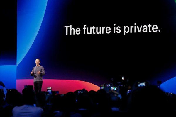 Se întâmplă în tech luni Facebook a construit o unealtă care găsește informații false publicate despre sine