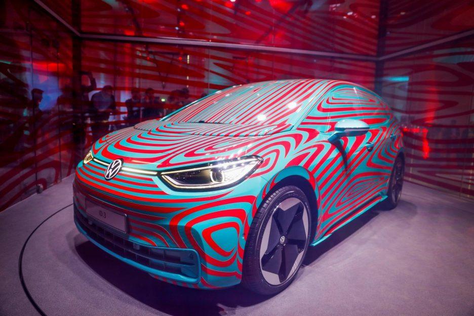 VW și Ford vor încheia un parteneriat pentru mașini electrice și mașini autonome