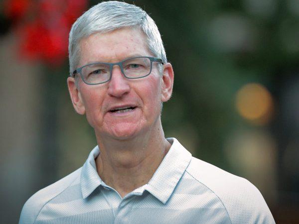 Apple coboară pe locul 4 în topul producătorilor de smartphone