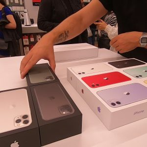 Lansare și preț iPhone 11