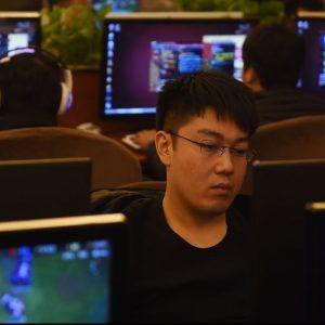 China dorește eliminarea conținutului negativ de pe internet