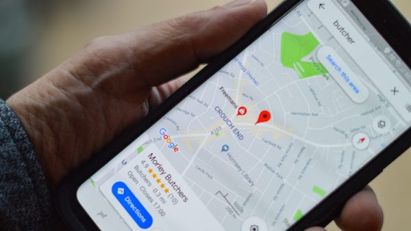 Google Maps te-ar putea feri de străzile întunecate