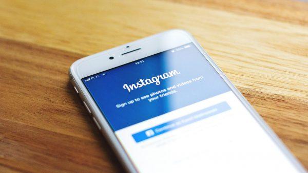 Instagram introduce limită de vârstă