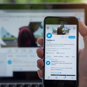Twitter interzice animațiile PNG de pe platformă