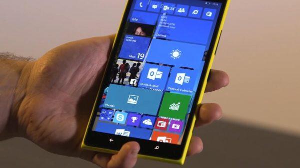 Windows 10 va mai fi disponibil pe telefon timp de o lună