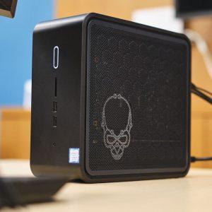 NUC 9 Extreme de la Intel, cel mai mic PC modular