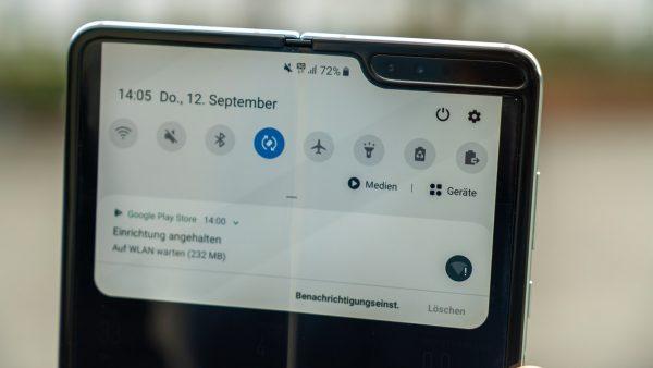 Samsung nu este sigur de numărul de telefoane Galaxy Fold vândute