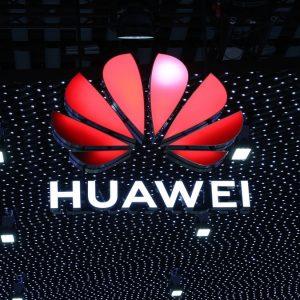 SUA vrea blocarea accesului Huawei la furnizorii de chip-uri