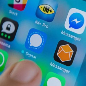 Signal e mai sigur decât WhatsApp
