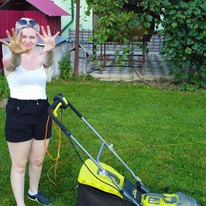 Am gătit grădina pentru vară cu echipamentele hibrid de la Ryobi