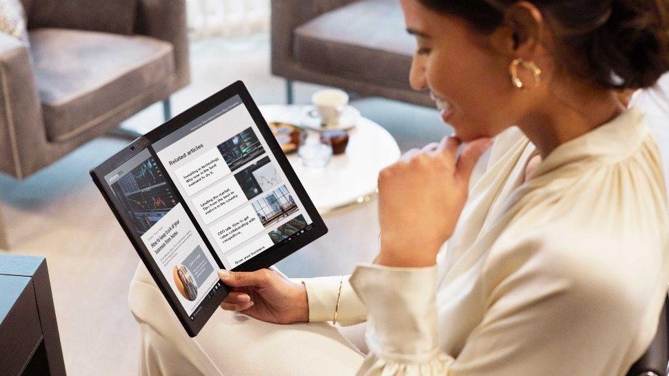 Lenovo lansează laptopul ThinkPad X1 Nano