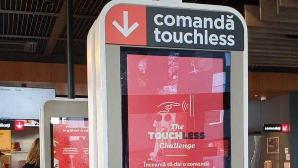 KFC lansează noul kiosk 100% fără atingere