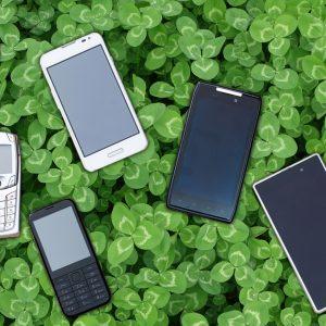 Să oferim o viață nouă telefoanelor noastre