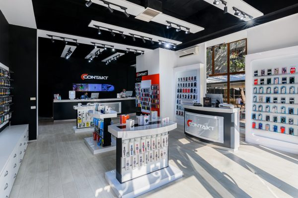 Retailerul Contakt anunță parteneriatul cu Vox