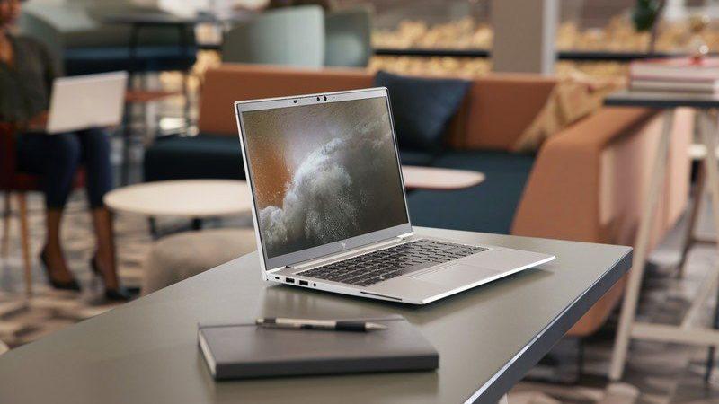 HP lansează noi laptopuri