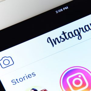 Instagram lucrează la un flux vertical pentru Stories