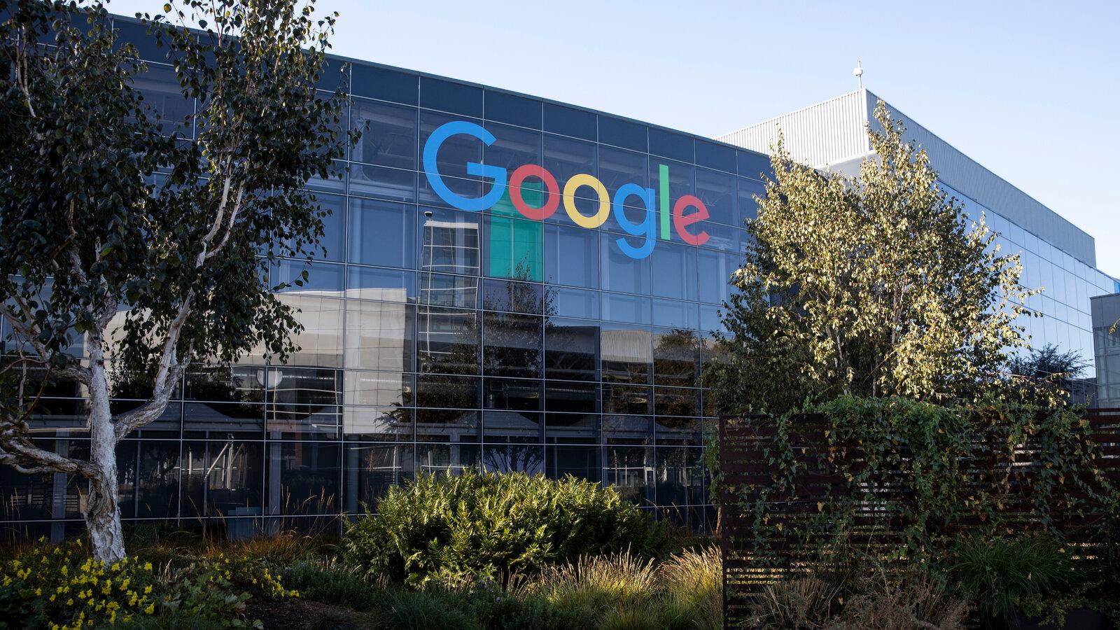 Google acuzat din nou de încălcare a confidențialității