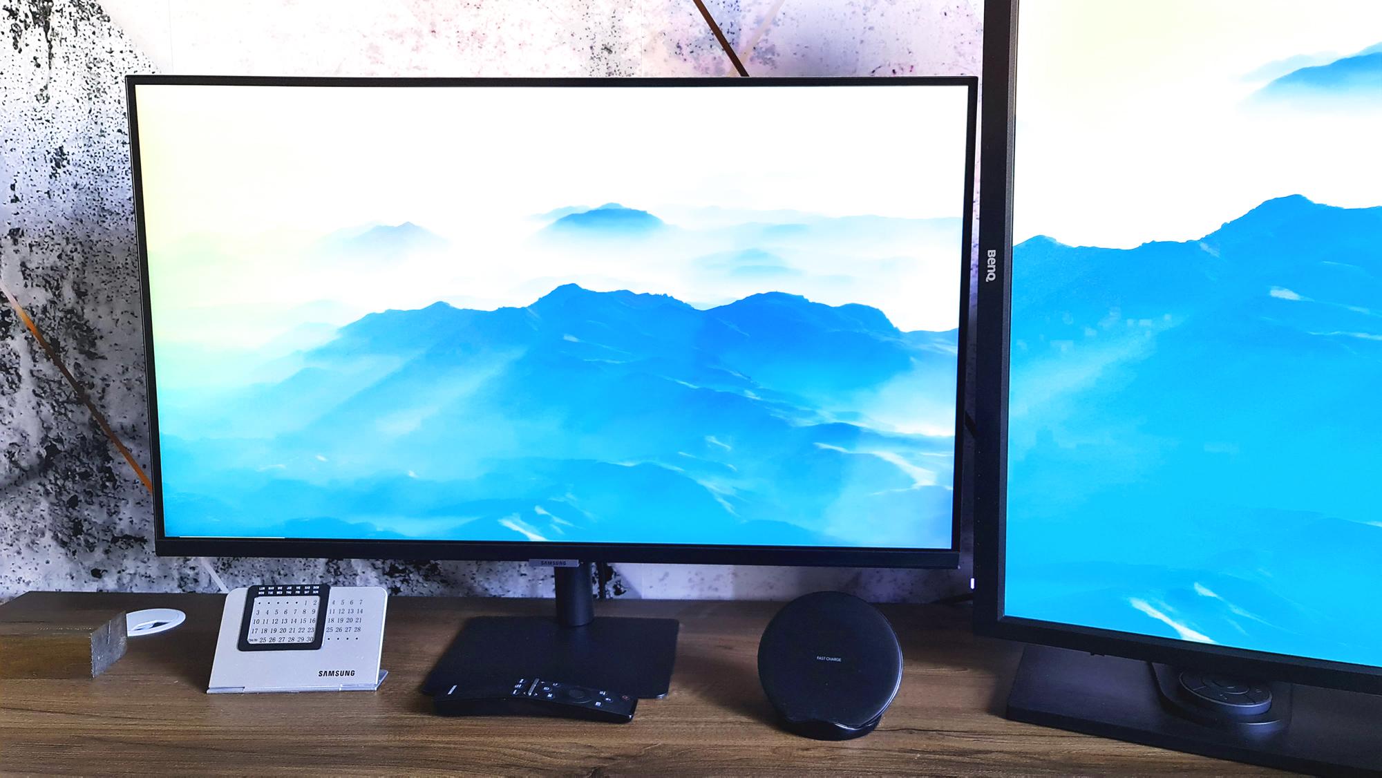 Samsung M7: un monitor care face de toate