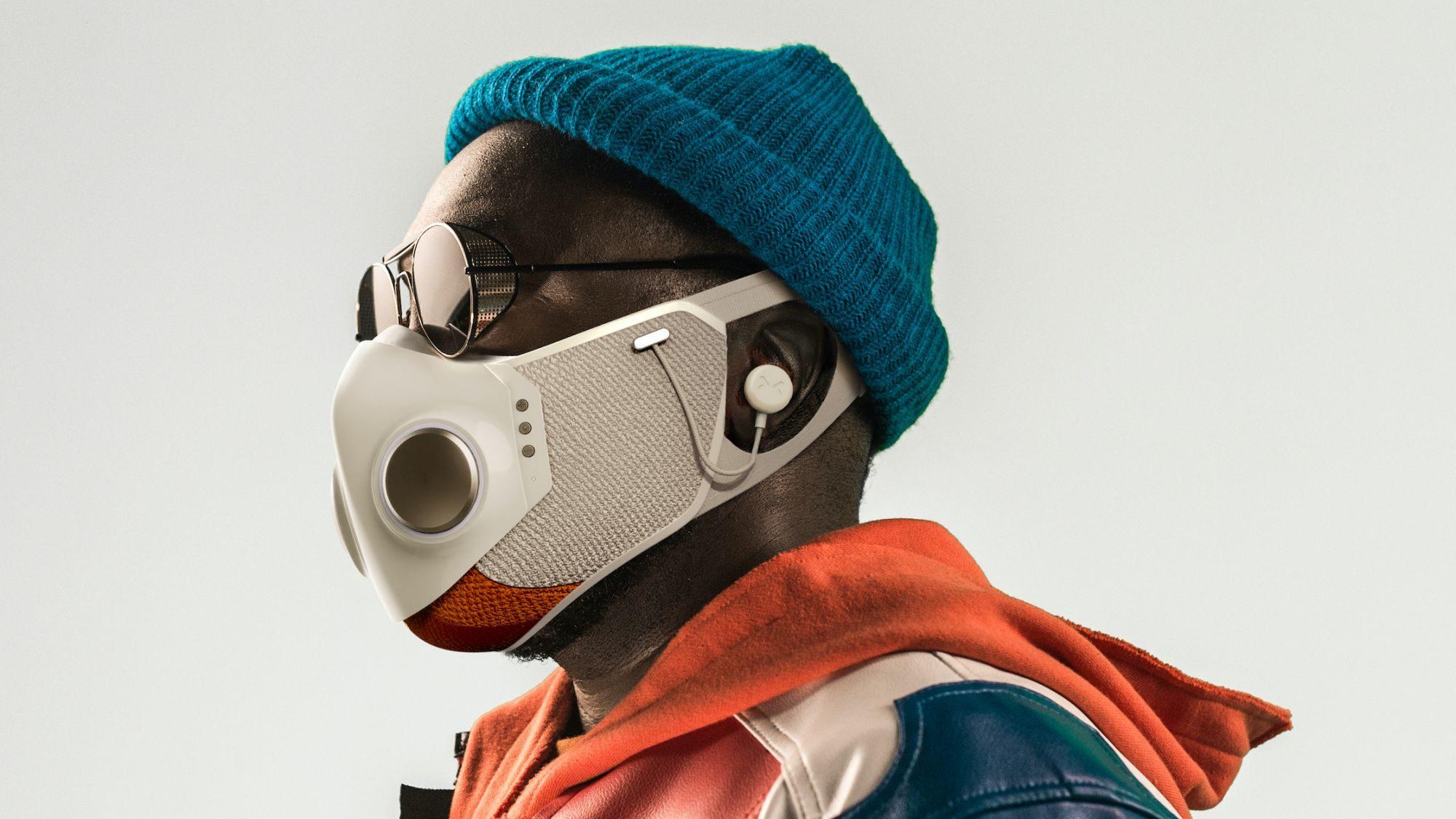 Will.i.am lansează masca Xupermask