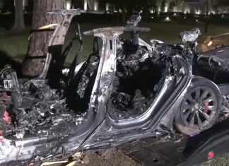Accident mortal cu Tesla Model S
